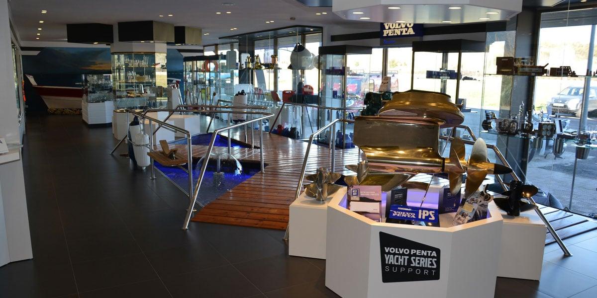 Boutique tienda acastillaje Instalaciones Nautic Center